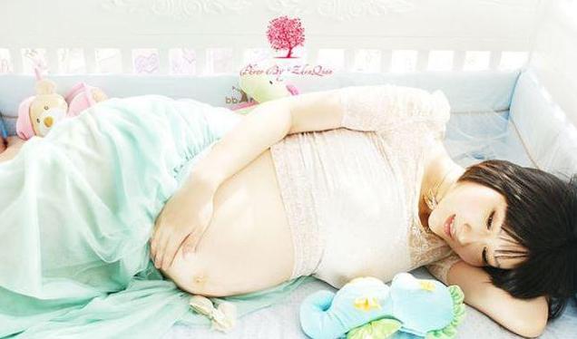 准妈妈只能看到胎动变化,却不知宝宝学会很多新本领,淘气的很呢